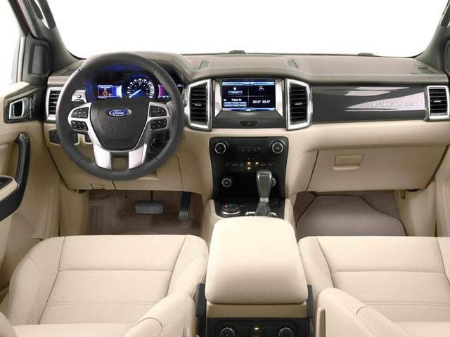 Ford_Everest_2015